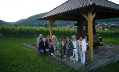 Weinpause in der Schutzhütte