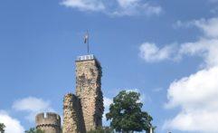 Die Wachtenburg in Wachenheim
